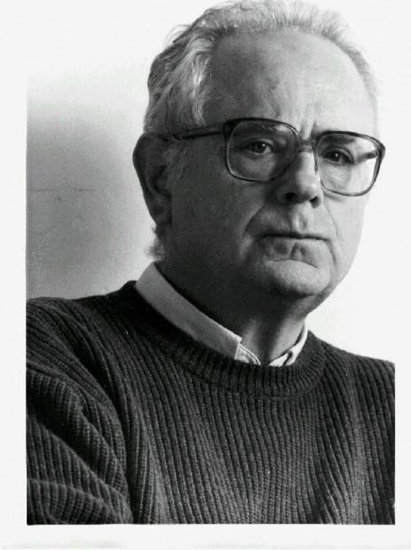 """Francisco Ferrer Lerín - Barcelona 2000: Instituto Francés. Conferencia """"La pasión por el juego""""."""